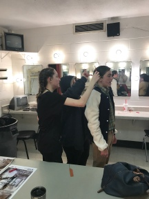 how many dressers does it take to secure Jeffrey's hair
