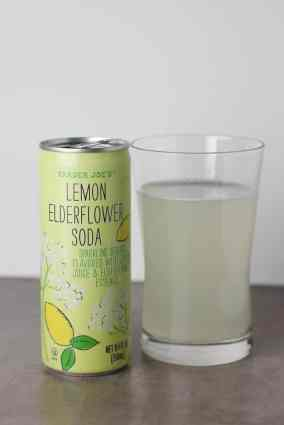 Trader-Joes-Lemon-Elderflower-Soda-4